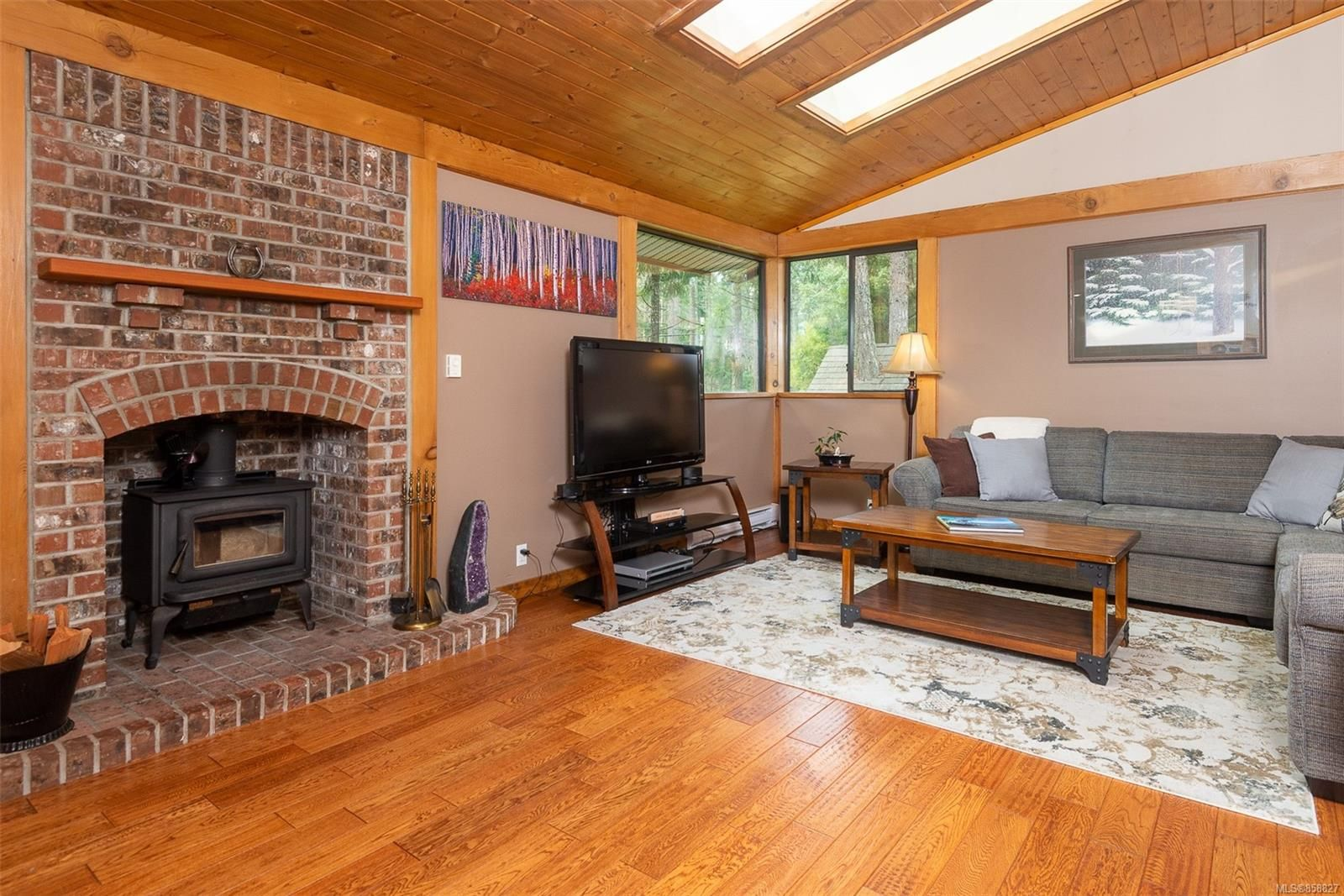 Photo 4: Photos: 1137 North End Rd in : GI Salt Spring House for sale (Gulf Islands)  : MLS®# 858827