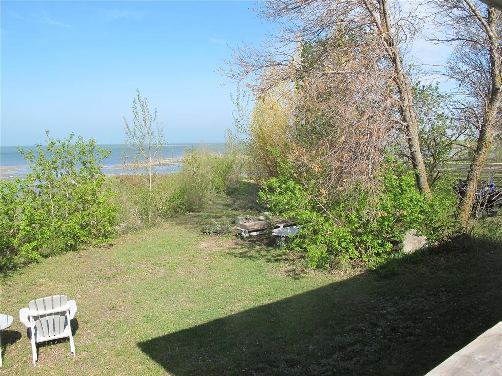 Photo 14: Photos:  in St Laurent: Laurentia Beach Residential for sale (R19)  : MLS®# 202112663