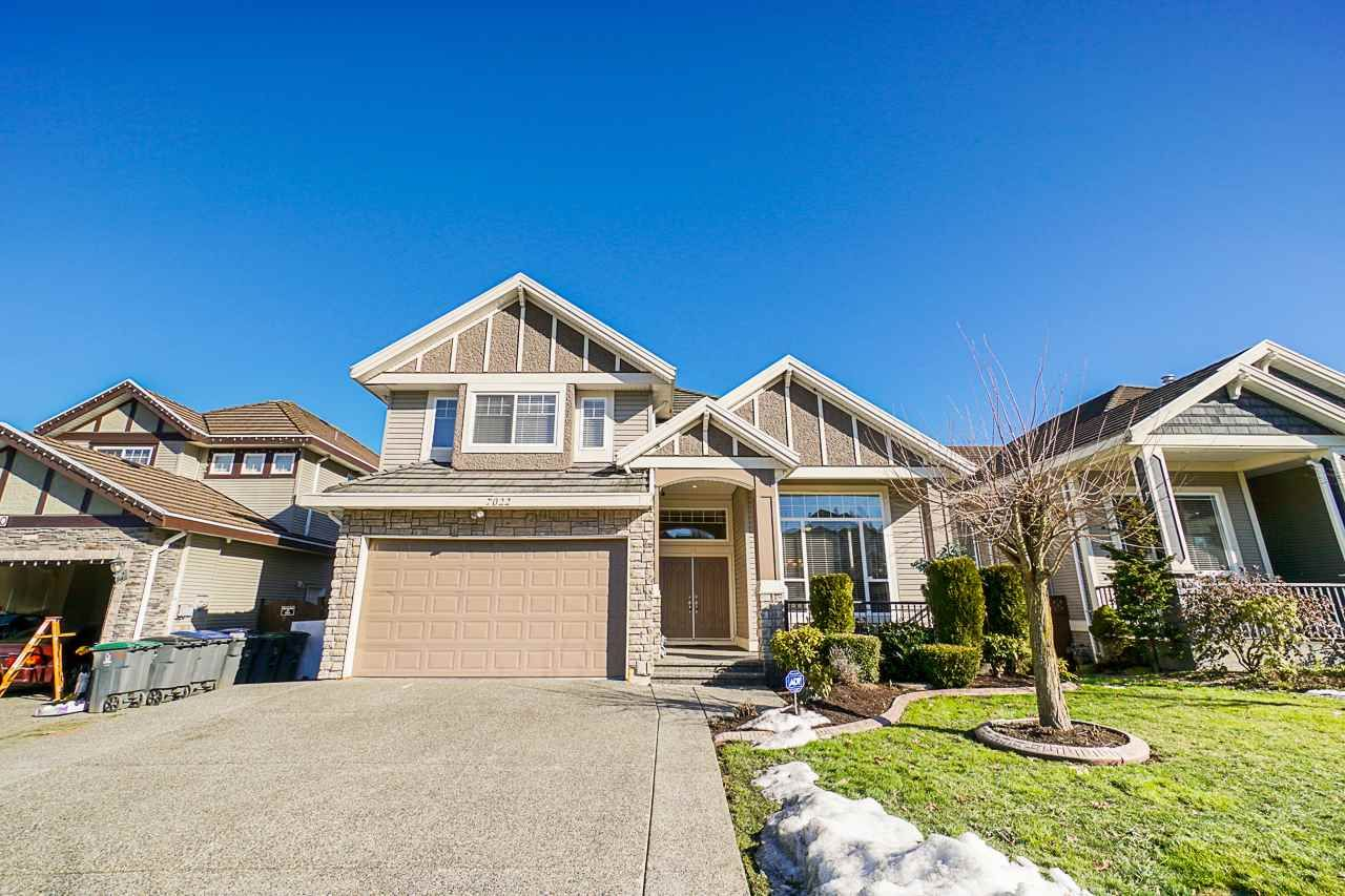 Main Photo: 7022 151A Street in Surrey: East Newton House for sale : MLS®# R2346977