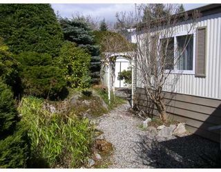 """Photo 10: 7 4116 BROWNING Road in Sechelt: Sechelt District Manufactured Home for sale in """"ROCKLAND WYND"""" (Sunshine Coast)  : MLS®# V759648"""