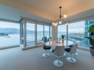 Photo 10: 902 1139 W CORDOVA Street in Vancouver: Coal Harbour Condo for sale (Vancouver West)  : MLS®# R2542938