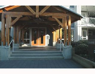 """Photo 4: 319 4600 WESTWATER Drive in Richmond: Steveston South Condo for sale in """"COPPERSKY"""" : MLS®# V694436"""