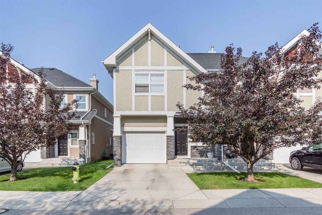 Main Photo: 39 Wentworth Common SW in Calgary: West Springs Semi Detached for sale : MLS®# A1134271