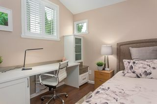 """Photo 17: 1585 BOWSER Avenue in North Vancouver: Norgate Townhouse for sale in """"Illahee"""" : MLS®# R2465696"""
