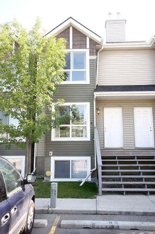 Photo 2: 6 Erin Woods Court SE in Calgary: Erinwoods House for sale : MLS®# C3531056