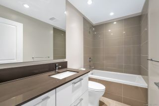 "Photo 12: 1702 3487 BINNING Road in Vancouver: University VW Condo for sale in ""ETON"" (Vancouver West)  : MLS®# R2486795"