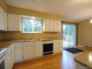 Photo 4: 1200 Hobson Ave in COURTENAY: CV Courtenay East House for sale (Comox Valley)  : MLS®# 689585