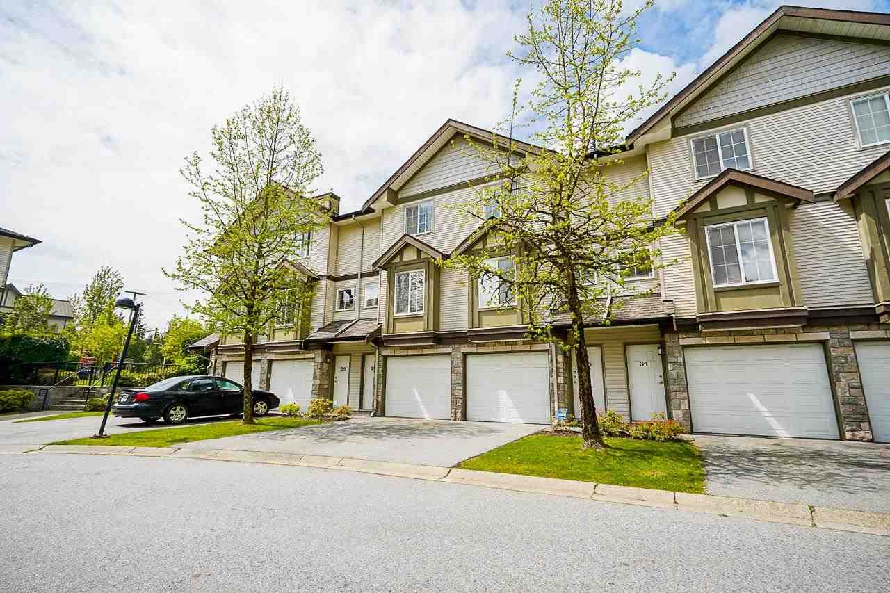 """Main Photo: 29 14855 100 Avenue in Surrey: Guildford Townhouse for sale in """"Guildford Park Place"""" (North Surrey)  : MLS®# R2578878"""