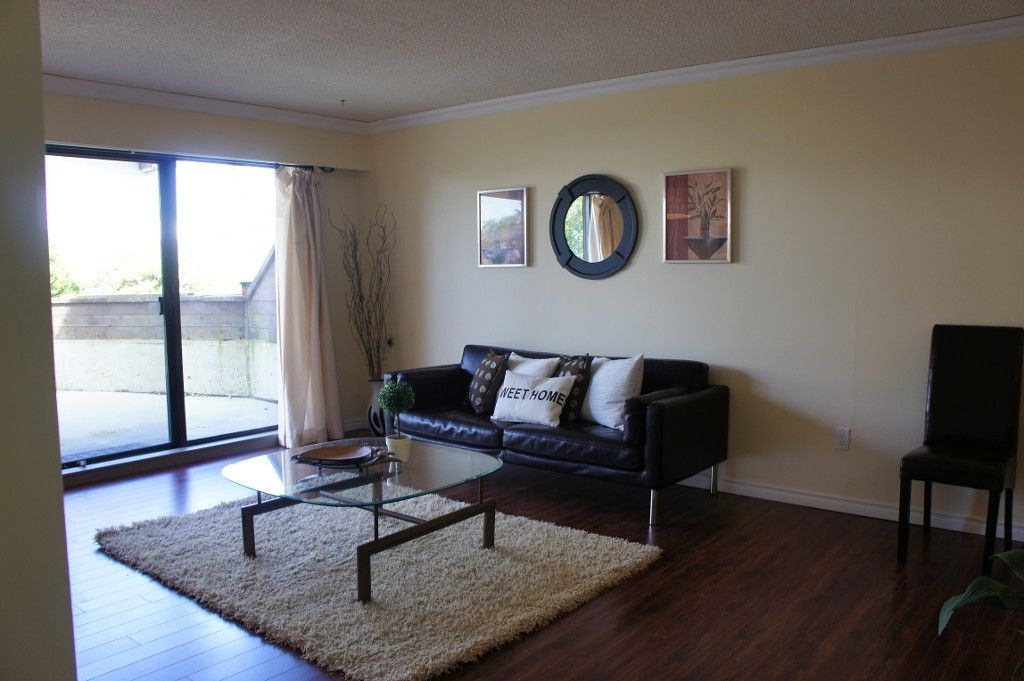 Main Photo: 104 4625 Grange Street in Burnaby: Condo for sale : MLS®# V996348