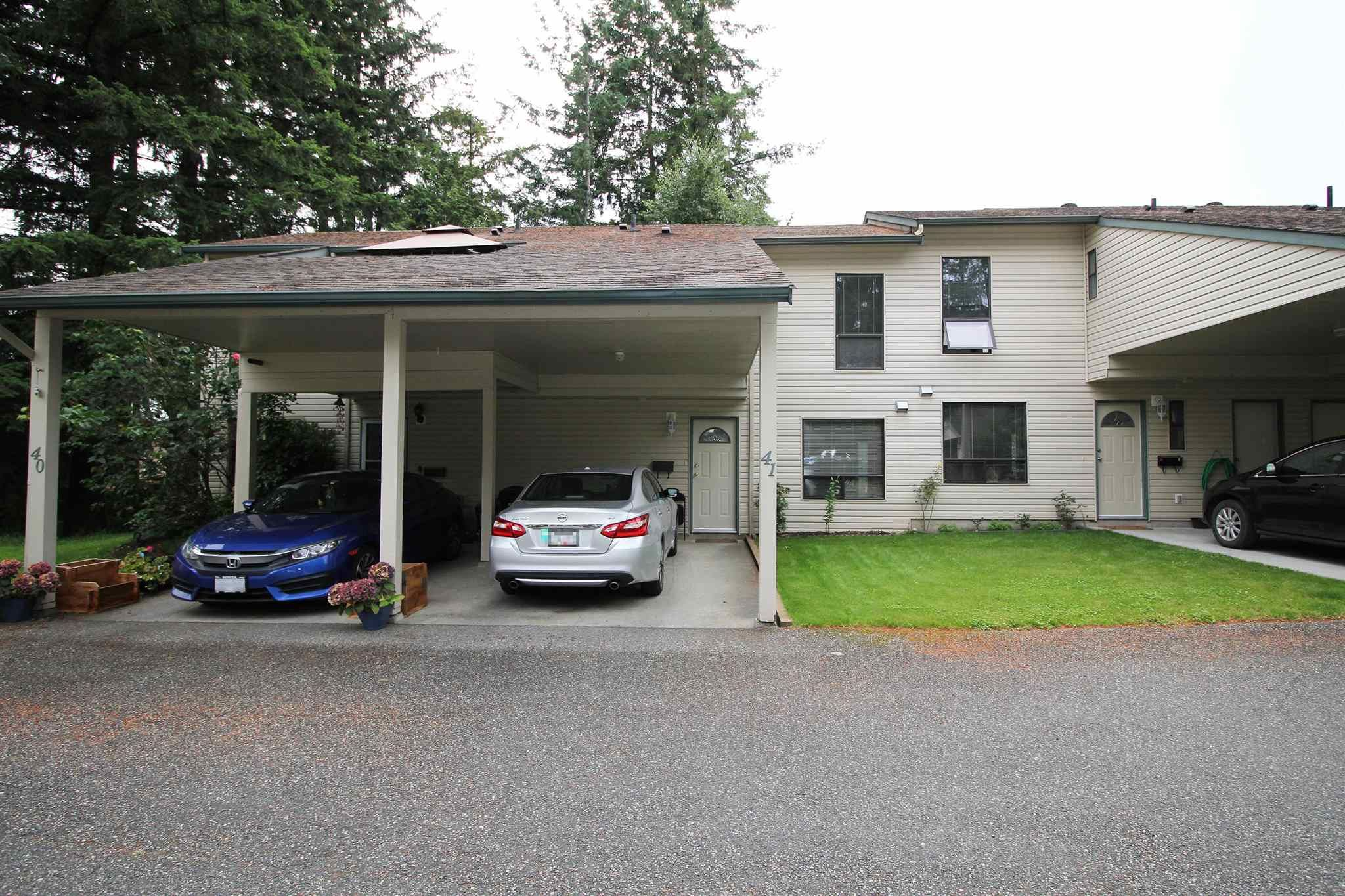 """Main Photo: 41 32310 MOUAT Drive in Abbotsford: Abbotsford West Townhouse for sale in """"Mouat Gardens"""" : MLS®# R2604336"""