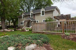 Photo 2: 317 Albert Avenue in Saskatoon: Nutana Residential for sale : MLS®# SK757325
