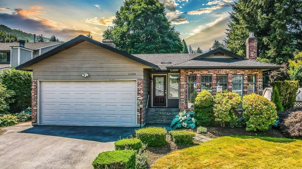Main Photo: 21386 126 Avenue in Maple Ridge: West Central House for sale : MLS®# R2601724