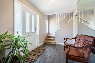 Photo 4: 671 BLUE MOUNTAIN Street in Coquitlam: Central Coquitlam House for sale : MLS®# R2598750