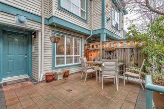"""Photo 3: 15 288 ST. DAVIDS Avenue in North Vancouver: Lower Lonsdale Townhouse for sale in """"ST. DAVID'S LANDING"""" : MLS®# R2232167"""