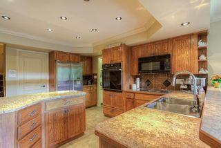 Photo 2: 20418 POWELL Avenue in Maple Ridge: Northwest Maple Ridge House for sale : MLS®# R2033474