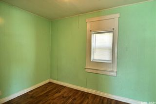 Photo 4: 457 12th Street East in Prince Albert: Midtown Residential for sale : MLS®# SK865490