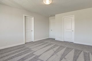Photo 17: 132 Creekside Drive SW in Calgary: C-168 Semi Detached for sale : MLS®# A1144861