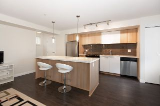 """Photo 4: 116 618 LANGSIDE Avenue in Coquitlam: Coquitlam West Townhouse for sale in """"BLOOM"""" : MLS®# R2531009"""