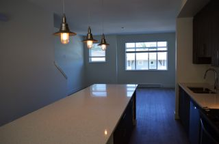 """Photo 4: 20 34230 ELMWOOD Drive in Abbotsford: Central Abbotsford Townhouse for sale in """"Ten Oaks"""" : MLS®# R2175066"""