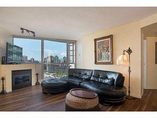"""Photo 3: 1905 501 PACIFIC Street in Vancouver: Downtown VW Condo for sale in """"The 501"""" (Vancouver West)  : MLS®# V1071377"""