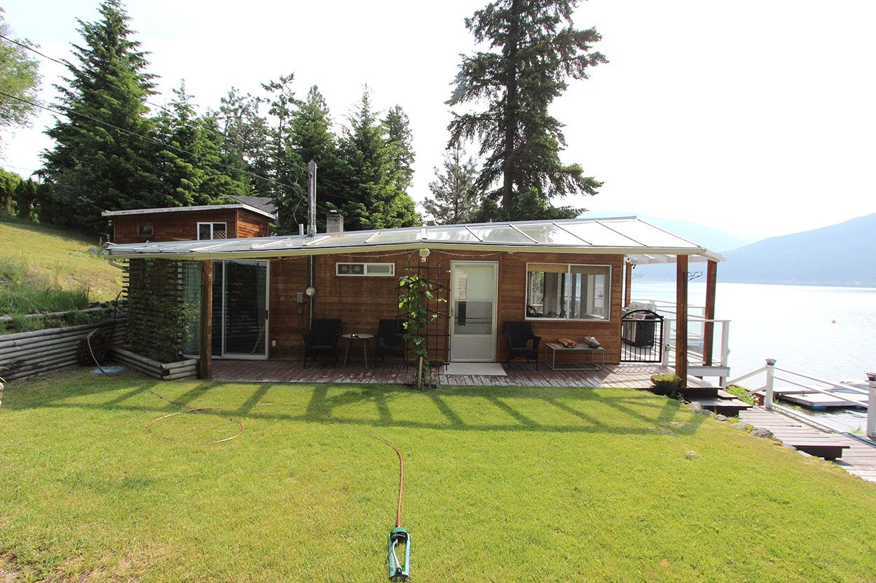 Photo 9: Photos: 1185 Little Shuswap Lake Road in Chase: Little Shuswap House for sale (Shuswap)  : MLS®# 10201171