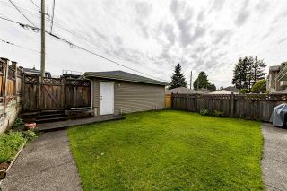 Photo 11: 239 W 19TH Street in North Vancouver: Central Lonsdale 1/2 Duplex for sale : MLS®# R2577522