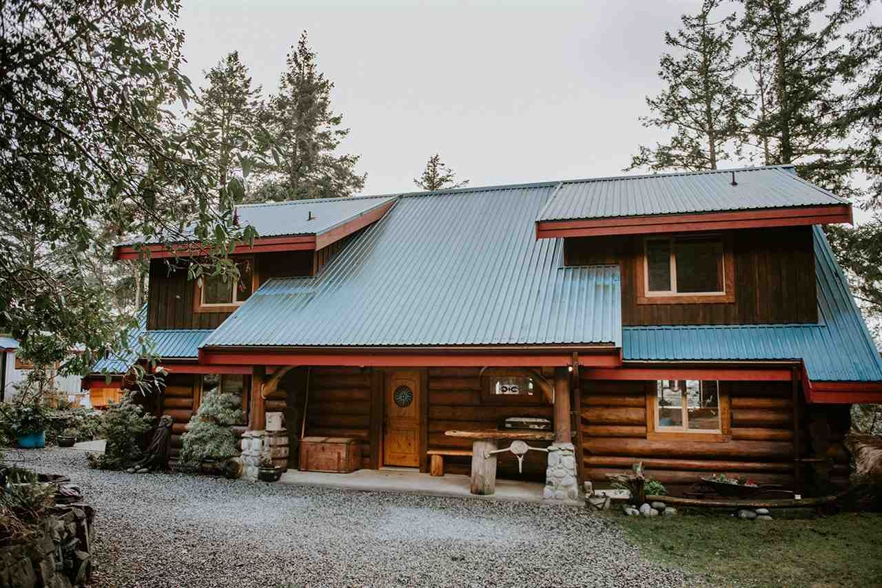 Main Photo: 14140 MIXAL HEIGHTS Road in Pender Harbour: Pender Harbour Egmont House for sale (Sunshine Coast)  : MLS®# R2591936