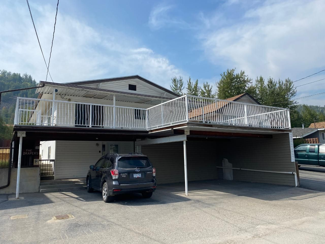 Main Photo: 308 2ND AVENUE in Trail: House for sale : MLS®# 2460995