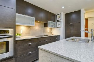 Photo 9: 186 CHESTERFIELD AVENUE in North Vancouver: Lower Lonsdale Townhouse for sale : MLS®# R2423323