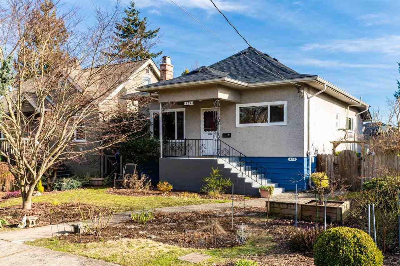 Main Photo: 454 KELLY Street in New Westminster: Sapperton House for sale : MLS®# R2538990