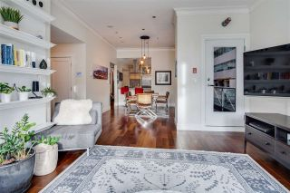 """Photo 3: 281 SMITHE Street in Vancouver: Downtown VW Townhouse for sale in """"ROSEDALE GARDENS"""" (Vancouver West)  : MLS®# R2545316"""