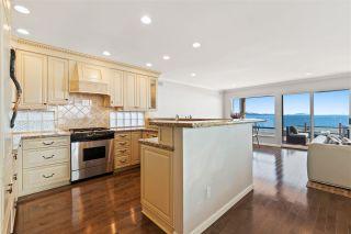 "Photo 11: 15414 VICTORIA Avenue: White Rock House for sale in ""White Rock"" (South Surrey White Rock)  : MLS®# R2568004"