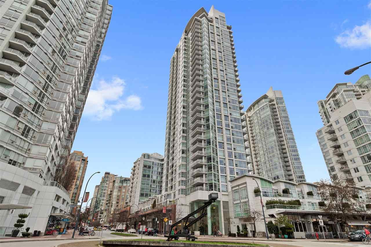 Main Photo: 3002 1199 MARINASIDE Crescent in Vancouver: Yaletown Condo for sale (Vancouver West)  : MLS®# R2329251