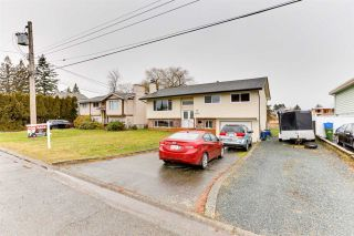 Photo 3: 9262 JAMES Street in Chilliwack: Chilliwack E Young-Yale House for sale : MLS®# R2539829