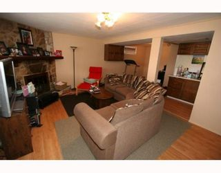 Photo 12: 619 72 Avenue NW in CALGARY: Huntington Hills Residential Detached Single Family for sale (Calgary)  : MLS®# C3377843
