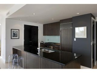"Photo 2: 1004 1455 HOWE Street in Vancouver: Yaletown Condo for sale in ""POMARIA"" (Vancouver West)  : MLS®# V939009"