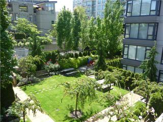 """Photo 15: 1628 W 7TH Avenue in Vancouver: Fairview VW Townhouse for sale in """"Virtu"""" (Vancouver West)  : MLS®# V1067776"""
