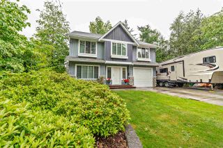 Photo 1: 7765 DUNSMUIR Street in Mission: Mission BC House for sale : MLS®# R2370845