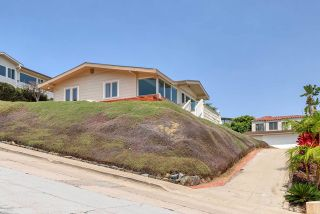 Photo 9: House for sale : 3 bedrooms : 3226 Lucinda Street in San Diego