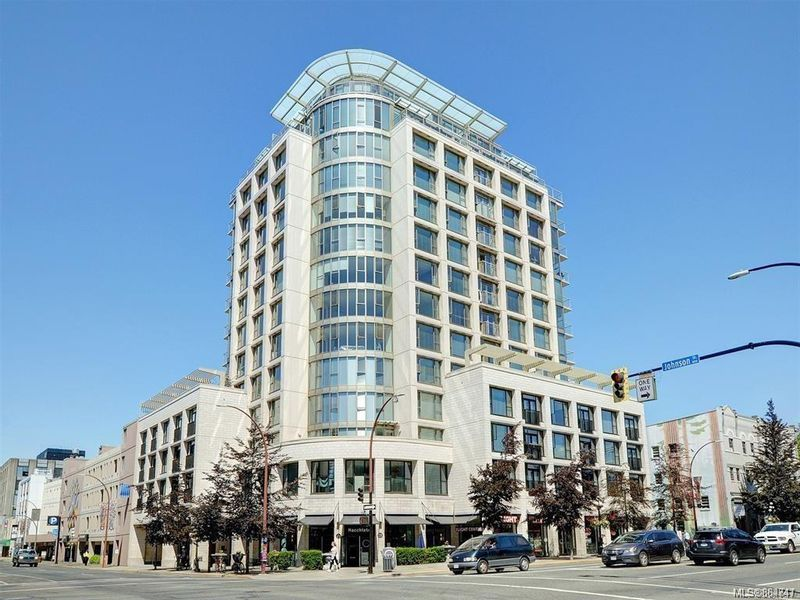FEATURED LISTING: 410 - 760 Johnson St