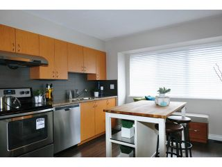 """Photo 5: 8 1268 RIVERSIDE Drive in Port Coquitlam: Riverwood Townhouse for sale in """"SOMERSTONE LANE"""" : MLS®# V1058093"""