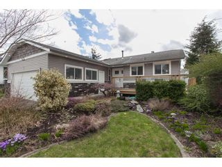 Photo 1: 18274 56B AVENUE in Surrey: Cloverdale BC House for sale (Cloverdale)  : MLS®# R2148216