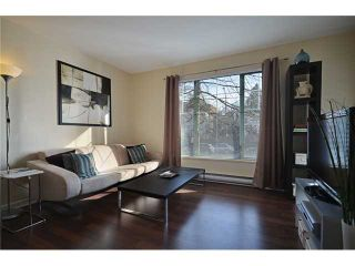 "Photo 1: 204 929 W 16TH Avenue in Vancouver: Fairview VW Condo for sale in ""OAKVIEW GARDENS"" (Vancouver West)  : MLS®# V938331"