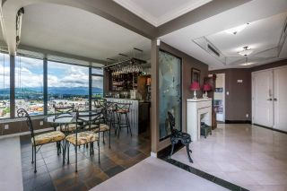 """Photo 5: 1601 32330 SOUTH FRASER Way in Abbotsford: Abbotsford West Condo for sale in """"Town Center Tower"""" : MLS®# R2548709"""