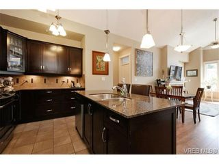Photo 9: 405 3226 Jacklin Rd in VICTORIA: La Walfred Condo for sale (Langford)  : MLS®# 731505