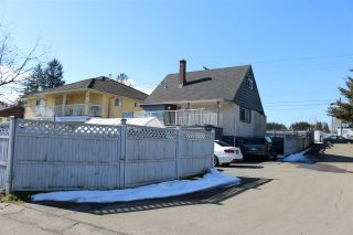 Photo 1: 8750 128 Street in Surrey: Queen Mary Park Surrey House for sale : MLS®# R2362214