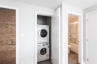 """Photo 13: 704 4900 LENNOX Lane in Burnaby: Metrotown Condo for sale in """"The Park"""" (Burnaby South)  : MLS®# R2553108"""