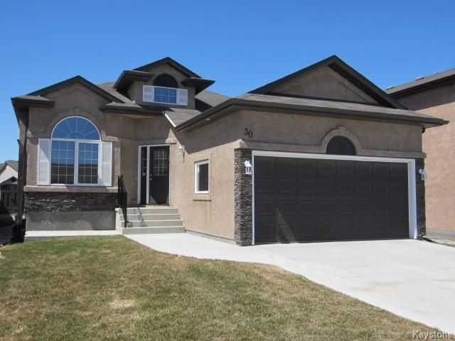 Main Photo: 30 Zoe Lane in Winnipeg: Single Family Detached for sale (Canterbury Park)  : MLS®# 1308272