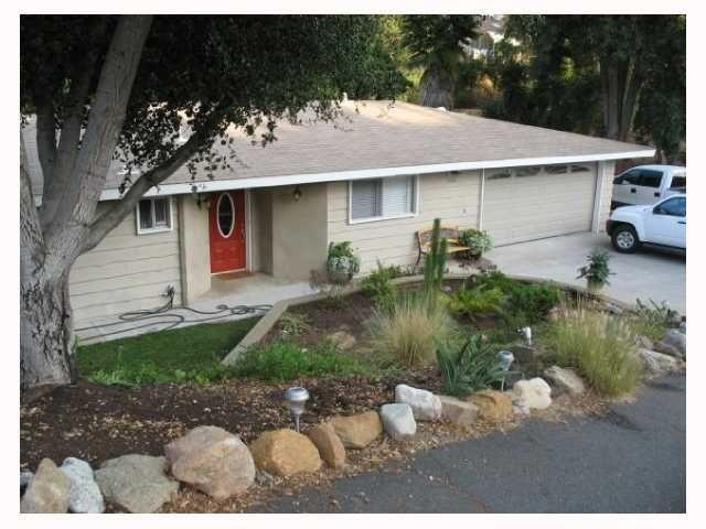 Main Photo: VISTA House for sale : 3 bedrooms : 560 Lado De Loma