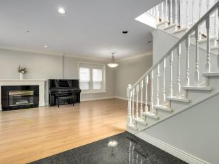 """Photo 4: 8033 HUDSON Street in Vancouver: Marpole House for sale in """"MARPOLE"""" (Vancouver West)  : MLS®# R2586835"""